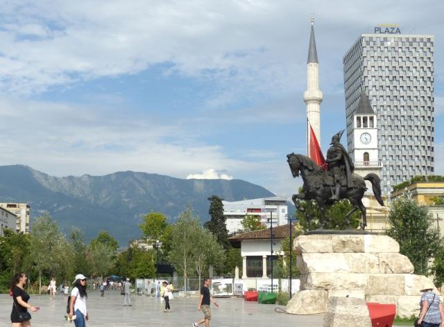 2019 Balkans Berlin Angers (2657)
